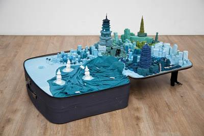 Yin Xiuzhen, Portable City–Hangzhou, 2011.