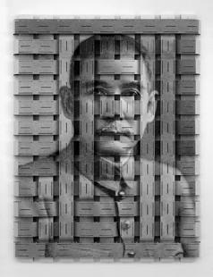 Thomas Bayrle, Sun Yat-sen (Sign for Moon), 2005.